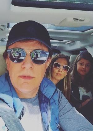 Tom Cavalcante e a família - Reprodução/Instagram/tomcavalcante1
