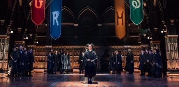 """Cena de """"Harry Potter e a Criança Amaldiçoada"""", apresentada em Londres pela primeira vez - Twitter/Reprodução"""