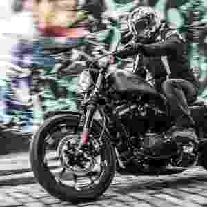 Harley-Davidson Iron 883 2016 - Renato Durães/Infomoto