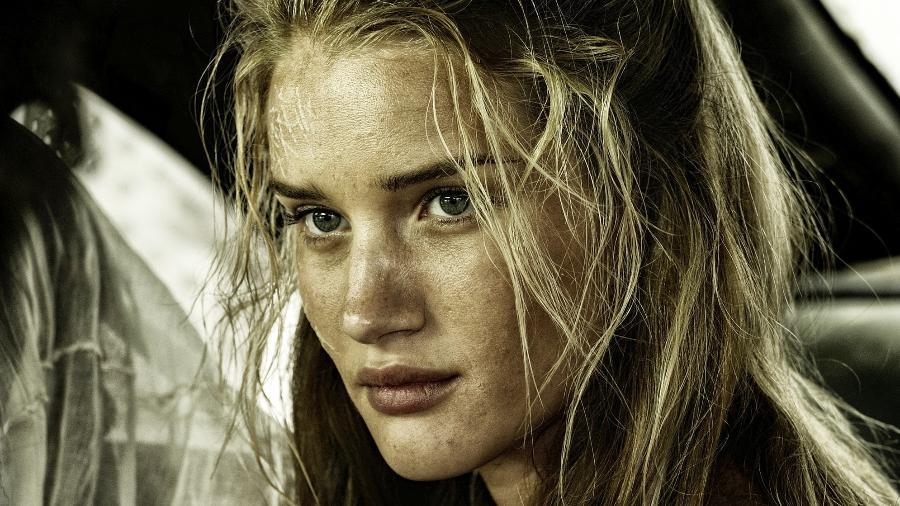 Rosie Huntington-Whiteley no filme Mad Max: Fury Road - Divulgação/Warner Bros