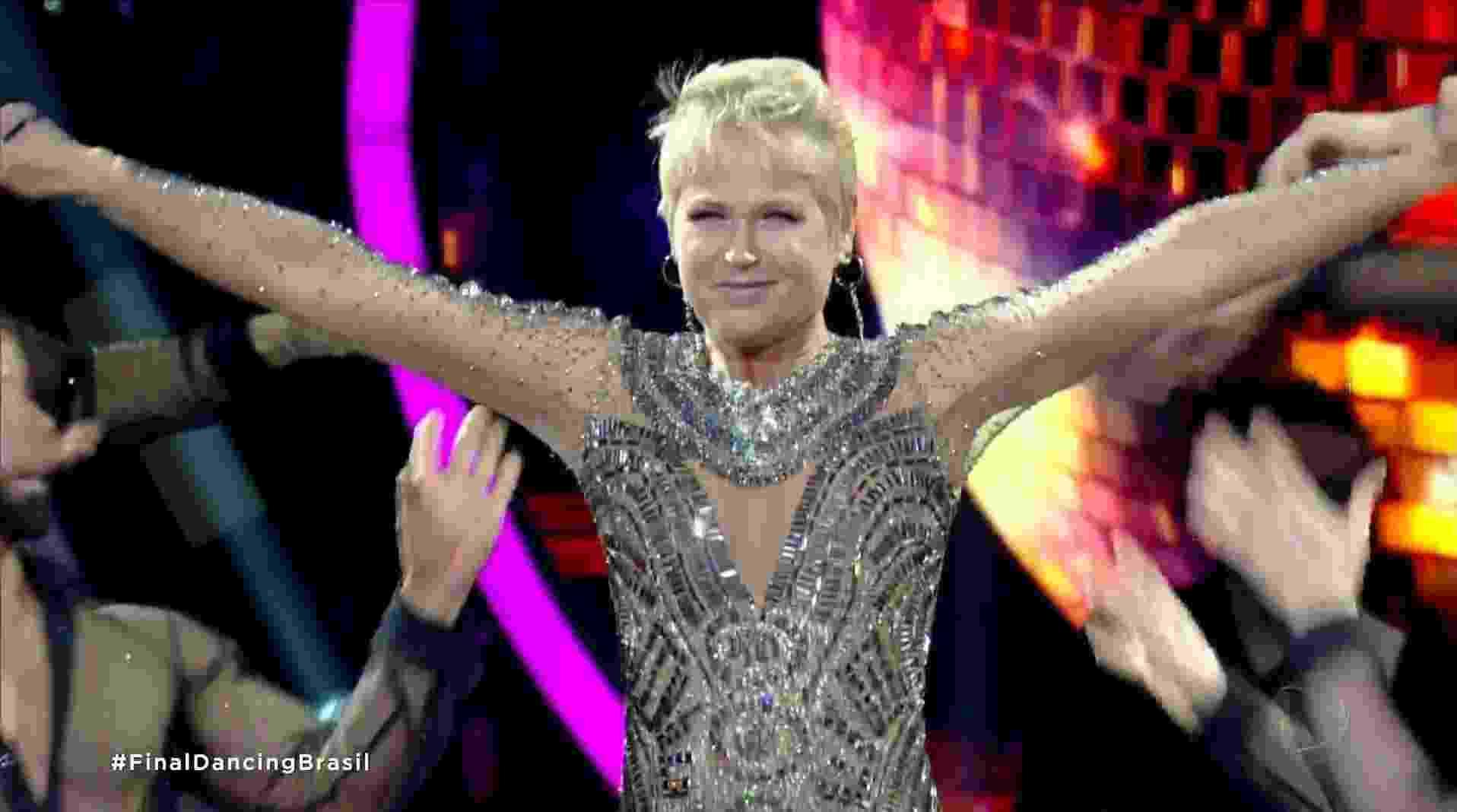 """Xuxa Meneghel apresenta a final da primeira temporada do """"Dancing Brasil"""" - Reprodução/Record"""