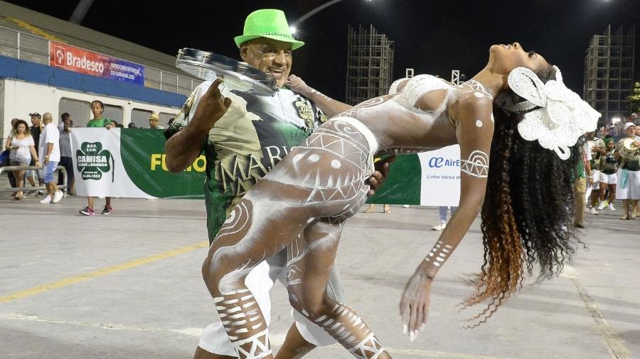 A rainha de bateria Carol Amaral em ensaio técnico da Camisa Verde e Branco no Anhembi - Francisco Cepeda/AgNews