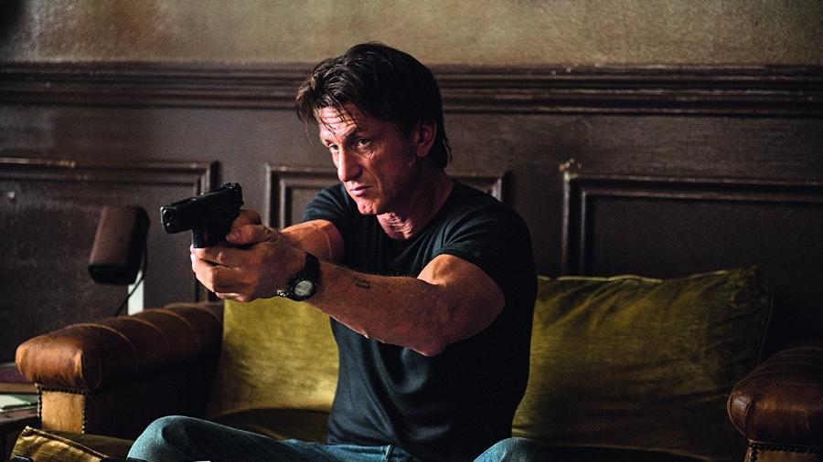 """O ator e diretor Sean Penn em cena do filme """"O Franco-Atirador"""" - Reprodução"""