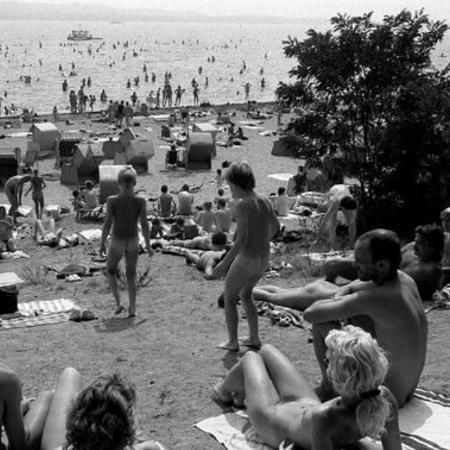 Praia de nudismo na Alemanha - DW
