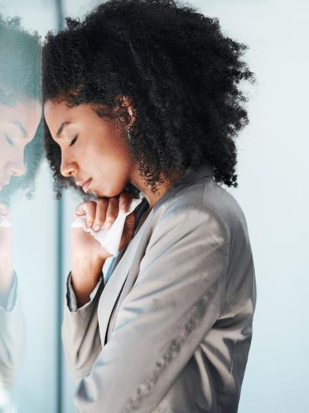 """""""Mulheres aprendem que não são responsáveis só pelos próprios sentimentos, mas também pelo dos outros"""" - Getty Images"""