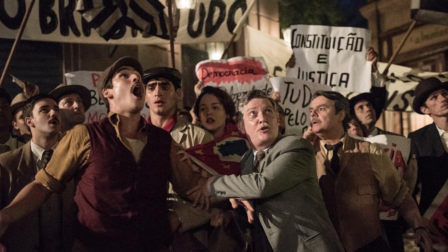 Alfredo e Lúcio partem para a guerra - Globo/Camilla Maia