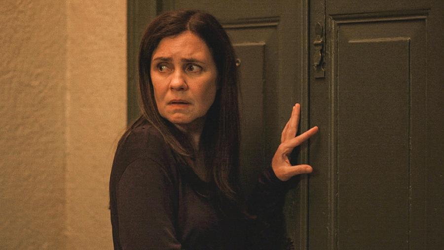 Thelma (Adriana Esteves) vai sequestrar o próprio neto - Divulgação/Globo