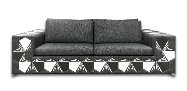 101 peças em cerâmica foram aplicadas no sofá V-101 criado pelo arquiteto Cioli Stancioli - Osvaldo Castro/ Divulgação