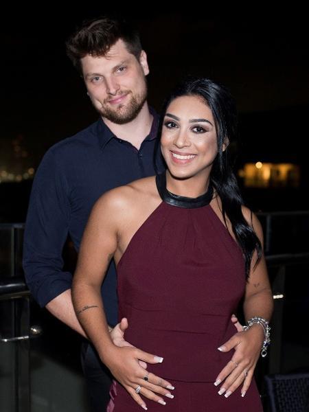 Amanda Djehdian com o noivo Mateus Hoffmann em evento no Rio - Divulgação / Mi Garcia