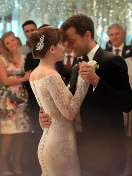 """O casamento de Ana e Christian em """"Cinquenta Tons de Liberdade"""" - Reprodução/Youtube"""