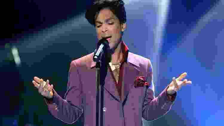 O cantor Prince, que morreu em 2016 - Vince Bucci/Getty Images - Vince Bucci/Getty Images