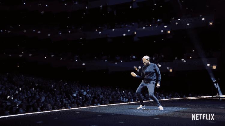 """Ellen DeGeneres dança no especial """"Bem Relacionada"""", da Netflix - Reprodução/YouTube - Reprodução/YouTube"""