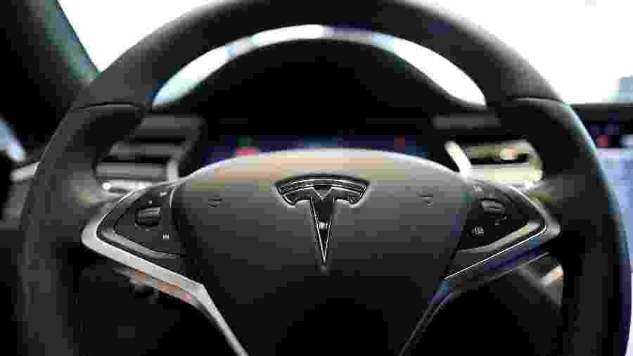 Volante do Tesla Model S em Seul - Kim Hong-Ji/Reuters