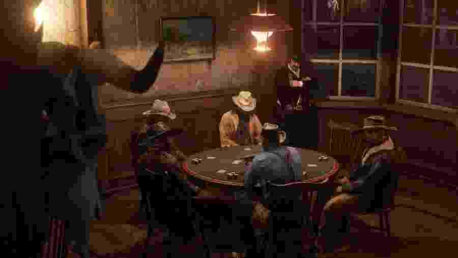 """Jogar pôquer em """"Red Dead Redemption II"""" é parte fundamental da experiência - Divulgação"""