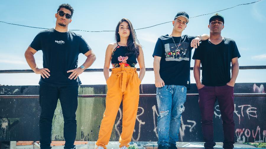 Kondzilla com o trio de protagonistas de Sintonia: Bruna Mascarenhas (Rita), Jottapê (MC Doni) e Christian Malheiros (Nando) - Divulgação
