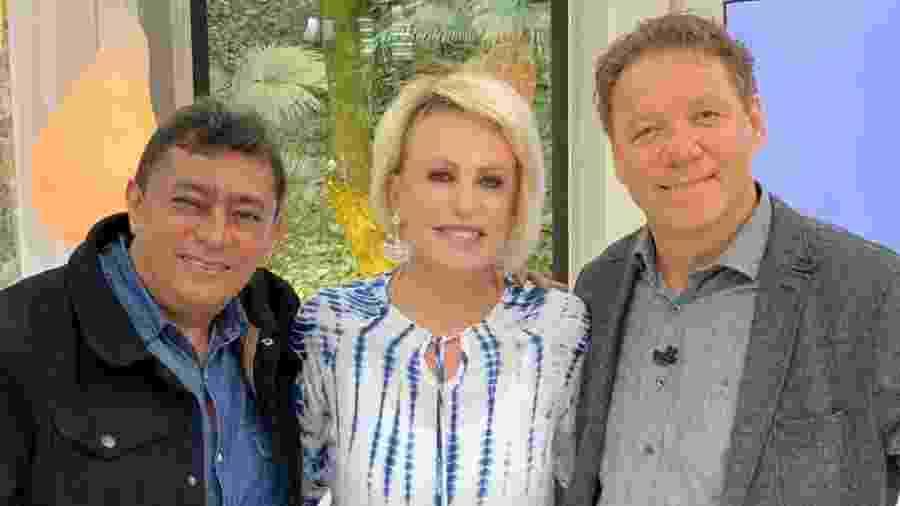 Ana Maria Braga posa com Claude Troisgros e Batista no Mais Você - Cristiane Ferreira/ TV Globo / Divulgação