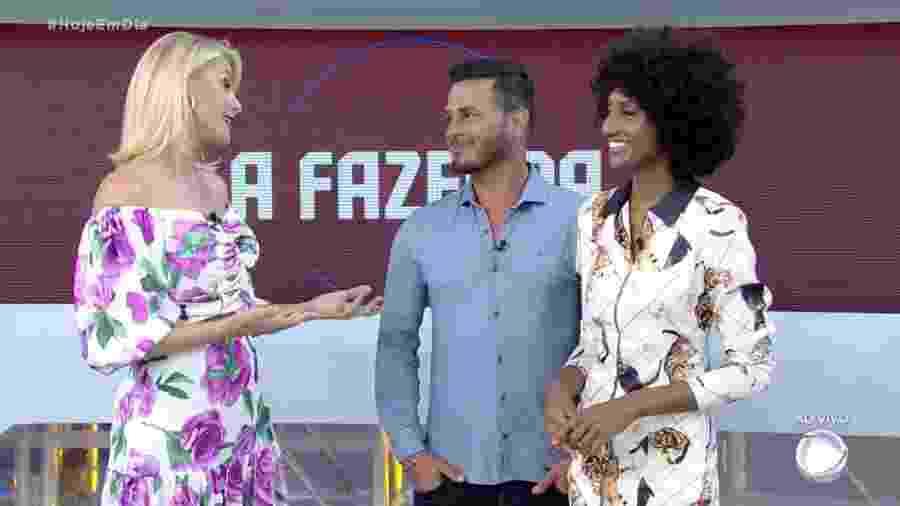 Rodrigo Phavanello e Sabrina Paiva participam do programa Hoje em Dia - Reprodução/RecordTV