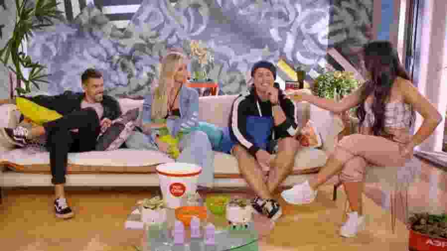 Biel e Cinthia discutem em spin-off do De Férias com o Ex Brasil, na MTV - Reprodução/MTV