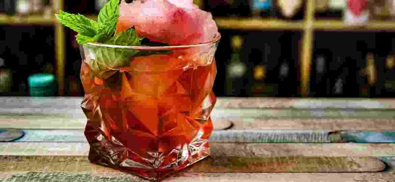 Negroni: um dos drinques em que o vermute é essencial - Unsplash