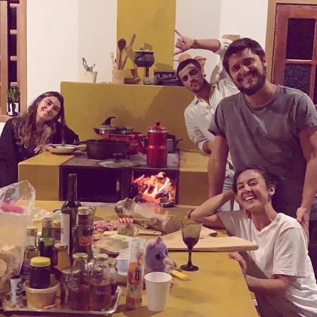 Felipe Lima e esposa visitam a casa de campo de Bruno Gissonie Yanna Lavigne - Reprodução/ Instagram