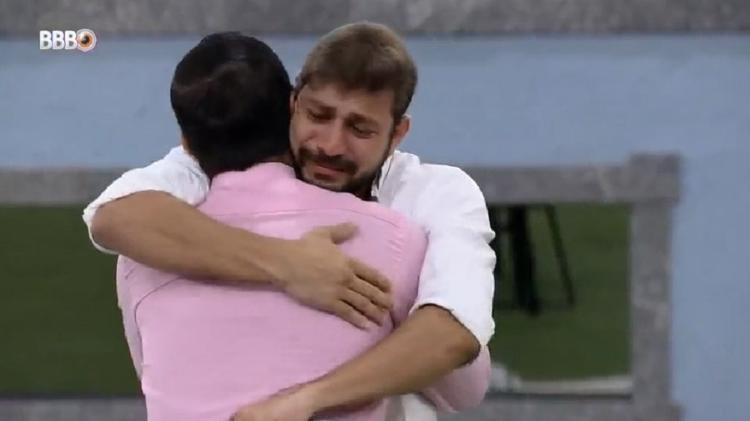 BBB 21: Caio não comemora permanência no jogo após ver Rodolffo eliminado - Reprodução/Globoplay - Reprodução/Globoplay