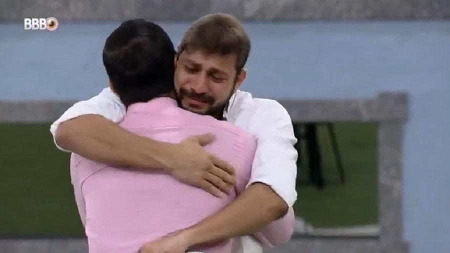 BBB 21: Caio não comemora permanência no jogo após ver Rodolffo eliminado - Reprodução/Globoplay