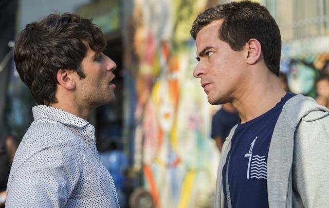 Diogo enfrenta Murilo e pede que ele se afaste de Beatriz