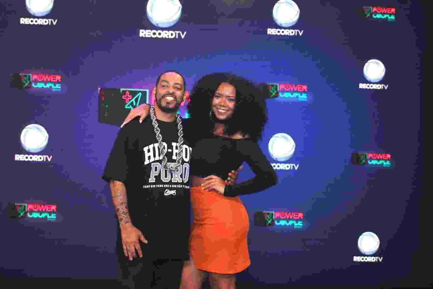 O rapper  Thaide e sua esposa Ana Paula - Thiago Duran/AgNews