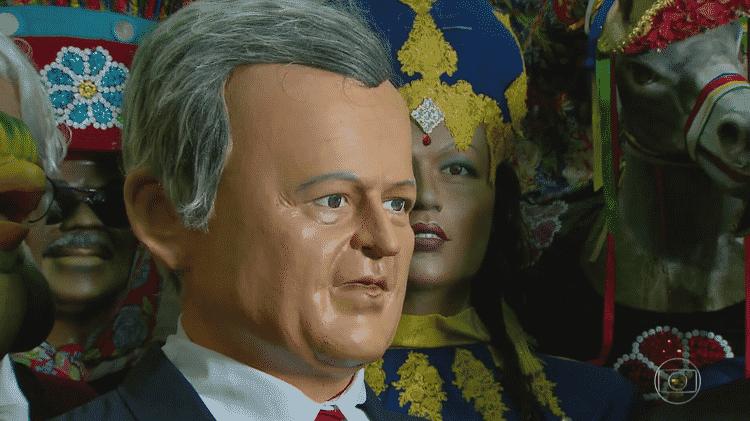 """""""Bom Dia Brasil"""" exibe boneco de Olinda em homenagem a Chico Pinheiro - Reprodução/TV Globo - Reprodução/TV Globo"""