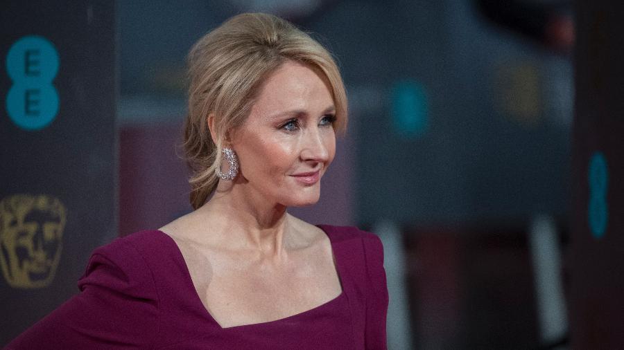Nos anos 1990, a escritora britânica J.K. Rowling escondeu seu primeiro nome, Joanne, por sugestão da empresa que publicou sua obra - Getty Images