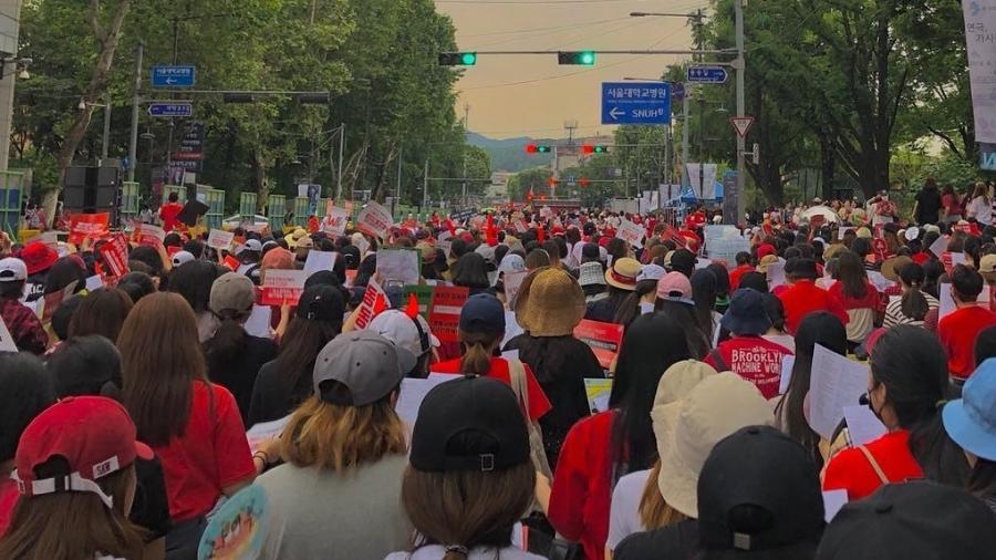 Mulheres protestam na Coreia do Sul - Reprodução/Instagram