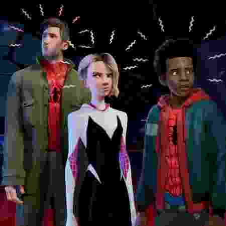 """Peter Parker, Spider-Gwen e Miles Morales em imagem de """"Homem-Aranha no Aranhaverso"""" - Reprodução/Twitter - Reprodução/Twitter"""