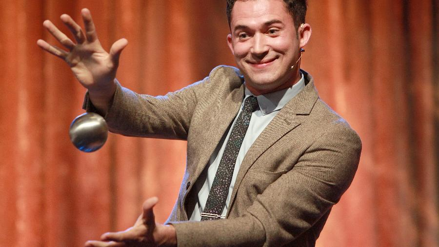 O ilusionista Justin Willman - Rachel Murray/Getty Images