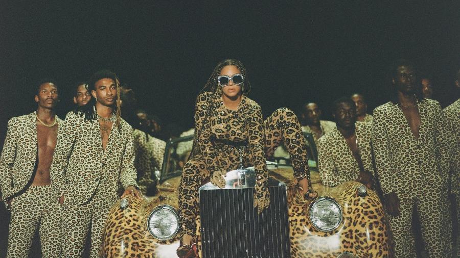 Beyoncé durante cena de seu novo trabalho, Black is King (Twitter/Reprodução) - Reprodução/Twitter