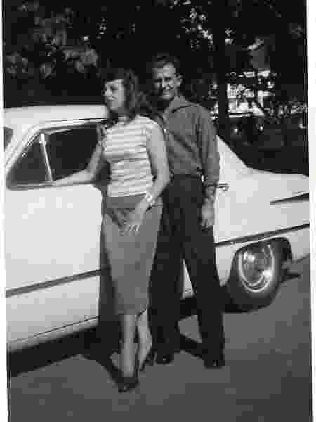 Vó Sandra e Vô Oswaldo em foto dos anos 50 - Arquivo pessoal - Arquivo pessoal