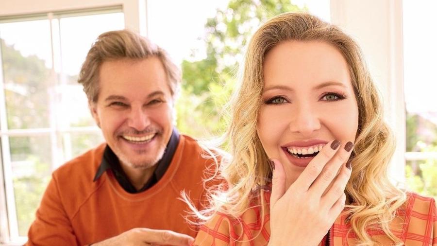Edson Celulari e Karin Roepke: dá pra sentir a felicidade daí? - Instagram
