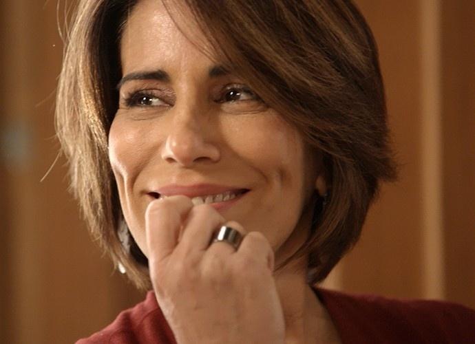 Beatriz comenta com Pedro sobre a possibilidade de matar Evandro