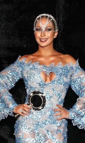 """28.jan.2015 - Valesca Popozuda chega ao baile da Vogue no Hotel Unique em São Paulo, na noite desta quinta-feira, e fala sobre os seus planos para o Carnaval. """"Vou trabalhar muito no Carnaval. Tenho show de norte a sul, tem dia que vou ter três shows"""""""