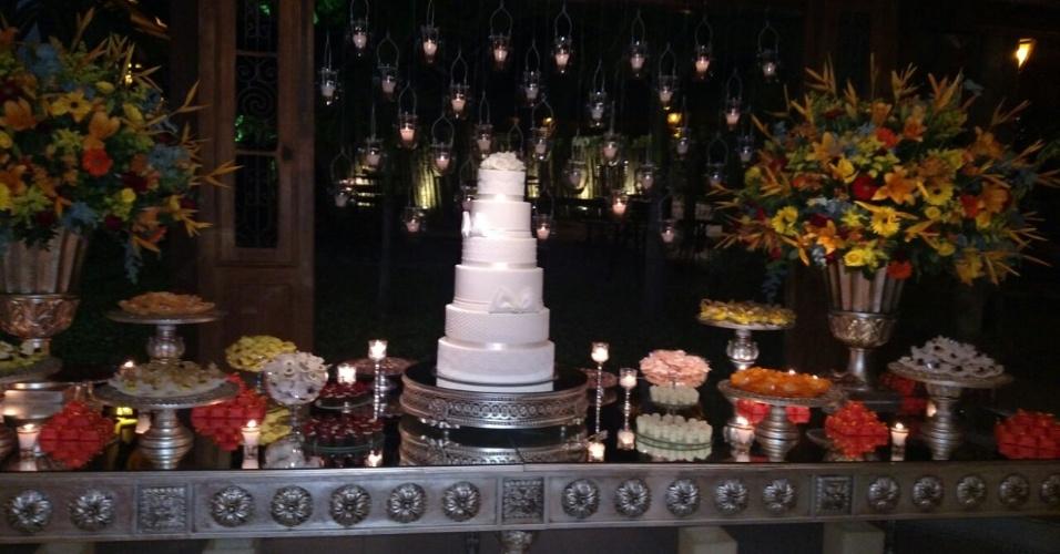 Bolo do casamento de Laura Keller e Jorge Sousa