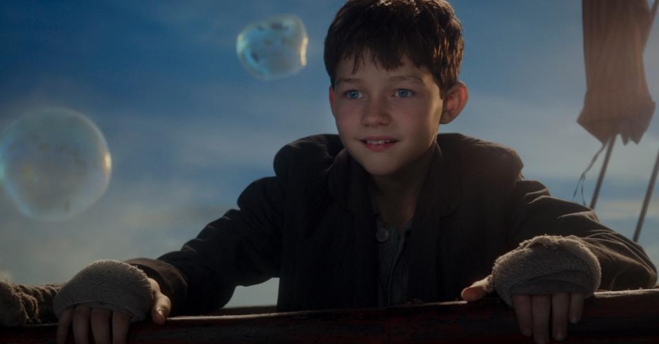 """Cena do filme """"Peter Pan"""" (2015), de Joe Wright"""