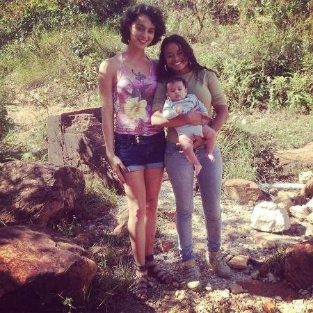 Luiza Valentim, Graziela e o filho Hael - Arquivo pessoal