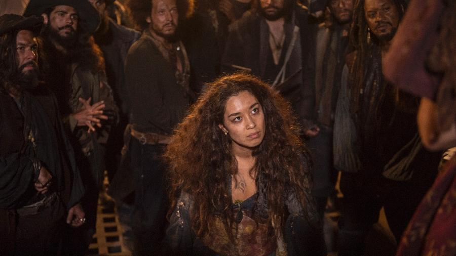 "Miss Liu (Luana Tanaka) no navio pirata em ""Novo Mundo"" - Mauricio Fidalgo/TV Globo"