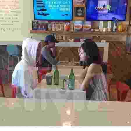 Selena Gomez e Justin Bieber foram vistos juntos em restaurante em Los Angeles - Reprodução/TMZ - Reprodução/TMZ