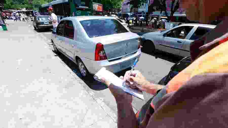 Multas de trânsito sem identificação do condutor são multiplicadas em caso de reincidência para carros de pessoa jurídica - Robson Ventura/Folhapress