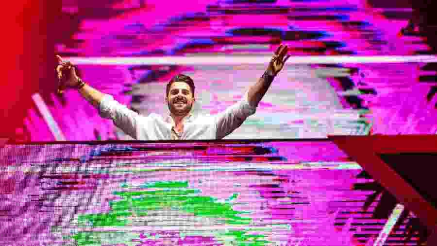 DJ Alok em apresentação no Festival Virada Salvador em dezembro de 2018 - João Alvarez/UOL