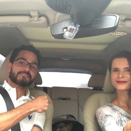 Luciano Camargo dentro de carro com a esposa - Reprodução/Instagram @camargoluciano