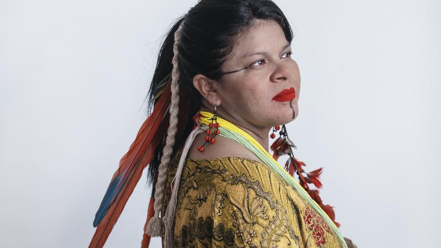 Sônia Guajajara, coordenadora da APIB e primeira mulher de origem indígena candidata à vice-presidência do Brasil. - Carine Wallauer/UOL
