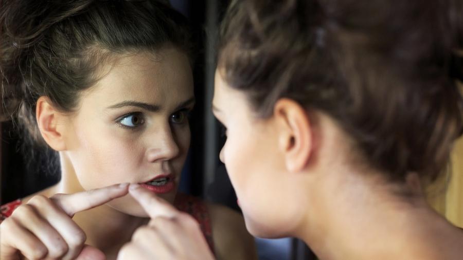 Cobrar de si mesmo uma autoaceitação rápida pode tornar o processo mais difícil - iStock