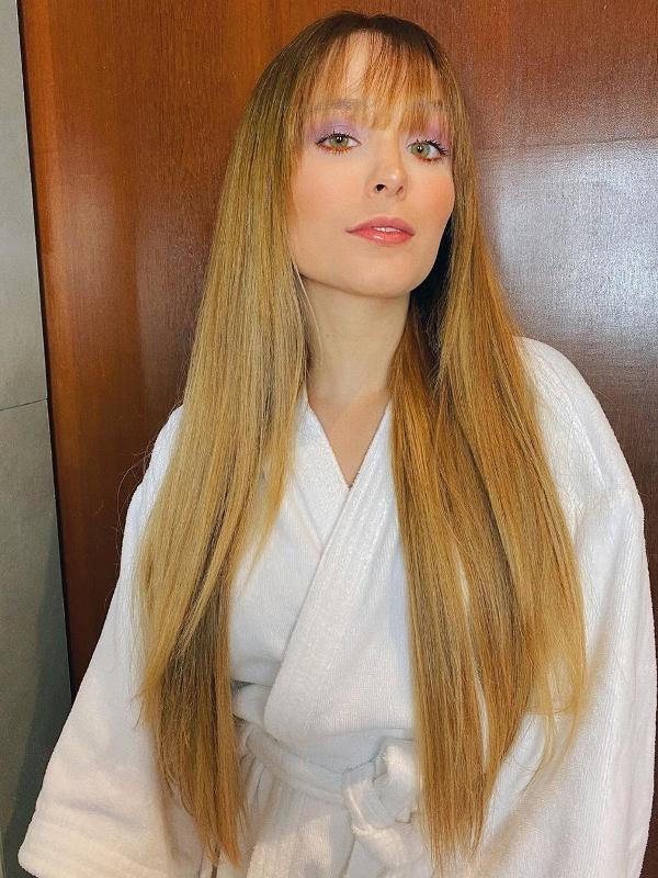 Não sei pra você, mas pra mim ela ficou a cara da Luciana Vendramini nesta foto