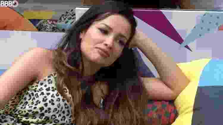 BBB 21: Juliette conversa com Gilberto na sala  - Reprodução/ Globoplay - Reprodução/ Globoplay